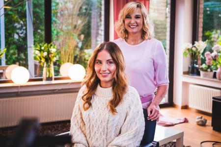 Dunja Nieskens und ihr Model aus der ersten Episode: Viktoria Fetsch
