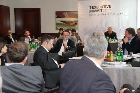 Teilnehmer diskutierten beim 12. IT-Executive Summit in München über digitale Strategien / Foto: Vogel IT-Akademie