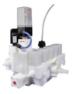 GEMU Mehrwege-Ventilblock aus Kunststoff mit Ventilen der Reihe iComLine®
