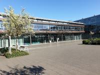 Der in Coronazeiten verwaiste RheinAhrCampus in Remagen: Hier tummeln sich an den Präsenzsamstagen normalerweise hunderte MBA-Fernstudierende aus der ganzen Republik (Quelle: RAC/Holtkamp)