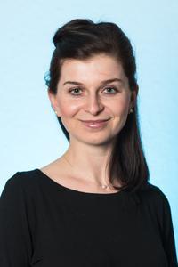 Dr. Diana Kuhrau