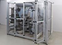 Flächenelemente aus Acrylglas oder Polycarbonat garantieren Sicherheit, Staubschutz und optimale Sicht auf die Maschine