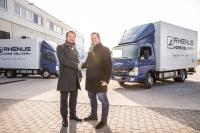 Eco-friendly operations: the latest electric trucks in the Daimler fleet arrive at Rhenus Home Delivery