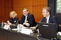 2010 press conference on annual results, Martina Rauch, Dr. Frank Heinricht and Jan Rinnert (from left to right)