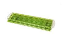 Die hochwertigen grünen Pool-Abdeckungen von WaterBeck reduzieren den Energie- und Chemikalienverbrauch und werten die Anlage auch optisch auf