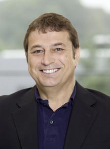 Karl Hoffmeyer, Prianto