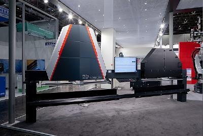 Kamerasystem Float Scan Edge-digital von Grenzebach: ein Inspektionssystem mit glasklarem Mehrwert
