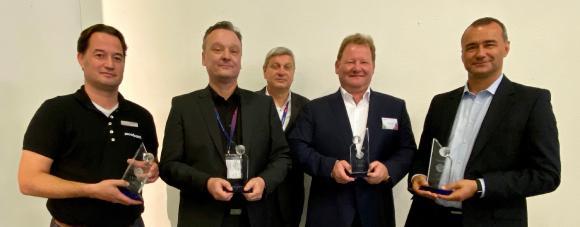 Über die it security Awards freuen sich: Ingo Schaefer, Proofpoint; Tim Kraenzke, Akquinet; Ulrich Parthier, it security; Thomas Kohl, Ergon; Jacek Ferchmin, Imperva; (von links nach rechts)