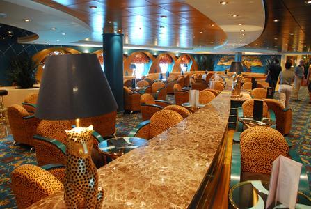 Die Bar / Lounge der MSC Opera