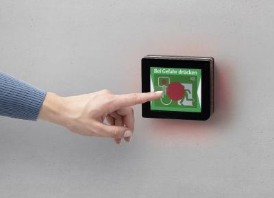 Das neue ePED Display-Türterminal vereint die gesamte Fluchttürsteuerung hinter einem einzigen kleinen Bildschirm, bedienbar über eine komfortable Touch-Funktion / Fotos: ASSA ABLOY Sicherheitstechnik GmbH