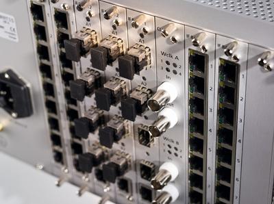 DELEC Matrix frame
