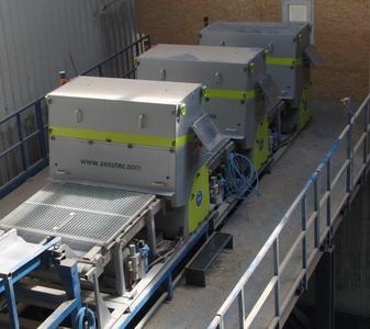 Die Feinlinie in der Reiling Glasrückgewinnungsanlage mit drei K9-Geräten von Sesotec.