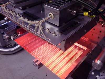 One custom-built infrared system can carry out several different drying and sintering processes / Copyright Heraeus Noblelight GmbH, Hanau 2013