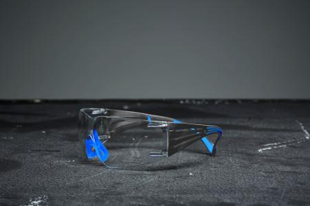 The SecurFitt 400 with Scotchgard ensuring a clear vision in all working conditions