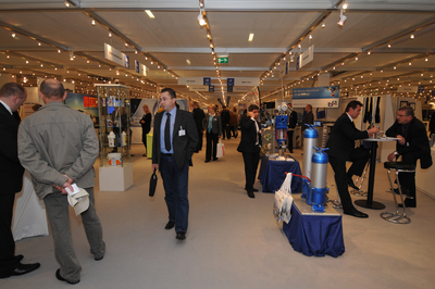 6.000 Fachbesucher sichteten das Angebot von 450 Ausstellern auf der FMB 2010
