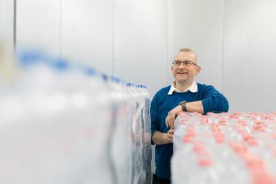 """""""KHS bietet zunehmend modular aufgebaute Lösungen an, die entsprechende Umbauten an den Maschinen ermöglichen und erleichtern"""", Karl-Heinz Klumpe, Product Manager Packaging bei KHS."""