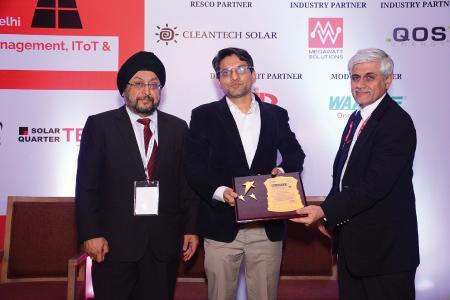 Solar-Log_Award_best_PV_asset_management_web.jpg