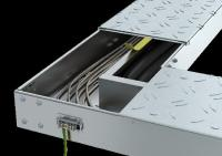 Überarbeiteter Deckel für das begehbare Kabelrinnensystem BKRS