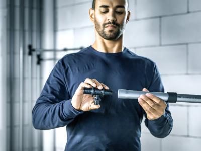 Für zuverlässige Sicherheit ohne Kompromisse sorgt die dauerhaft dichte Verbindung zwischen Rohr, Fitting und Schiebehülse, bei der das Rohr selbst als Dichtmittel fungiert. (Bild: REHAU)
