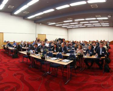 Fachleute und Verantwortliche für Transportlogistik aus verschiedenen Unternehmen trafen sich zur Fachkonferenz Städtler-Logistik-Treff / Bild: Städtler-Logistik
