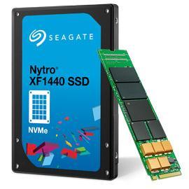 Nytro XF1440- (links) wird es auch als XM1440 mit M.2-Schnittstelle geben.