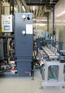 Die neue Generation des Vacumat MasterCoat® steht nun im Kompetenzzentrum Holzoberfläche von Remmers / Bildquelle: Remmers, Löningen