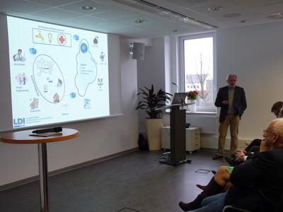 Jürgen Engels bei seinem Vortrag in Hemer / Foto: LDI