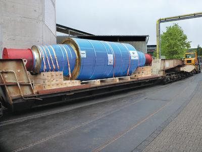 Die bei Gontermann-Peipers hergestellte Schwerstützwalze ist die weltweit erste ausgelieferte 225 t Stützwalze in dieser neuen hochlegierten Qualität