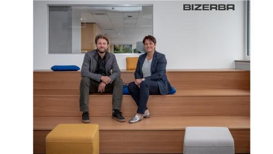 Andreas Kraut (CEO Bizerba) and Angela Kraut (VP Finance & Controlling) in the New Work area at Bizerba in Balingen (Source: Bizerba)