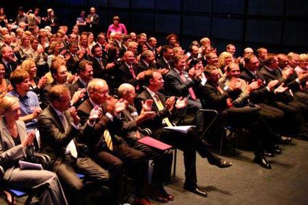 Rund 180 Gäste erlebten die Preisverleihung des Mittelstandsprogramms.