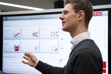 in-GmbH und Prozesslernfabrik CiP der TU Darmstadt haben Digital Teamboard entwickelt