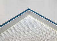 Die Filterrahmen sind mit PU Vergussgel im Nut-/Federprinzip luftdicht abgedichtet und die Filter im Rahmen mit Klebdichtstoff verklebt, Foto: © Sonderhoff Holding GmbH