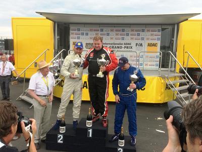 Der englische Fahrer Chris Levett vom privaten Rennteam jwb motorsport aus Birmingham überzeugte als Gewinner des Mittelrhein Cups