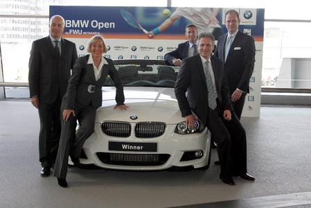 V.l.nr.: K. Engel (Leiter Vertrieb Deutschland der BMW Group), Dr. A. Dirrheimer (FWU Retakaful), P. Kühnen (Turnierdirektor BMW Open), P. Bosch (Vorsitzender MTTC Iphitos), K.Cyron (Veranstalter S&K Marketingberatung GmbH)