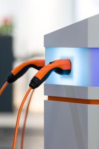 Schnell und komfortabel: die DESIGN Ladesysteme der Lapp Gruppe für Elektro- und Hybrid-Fahrzeuge
