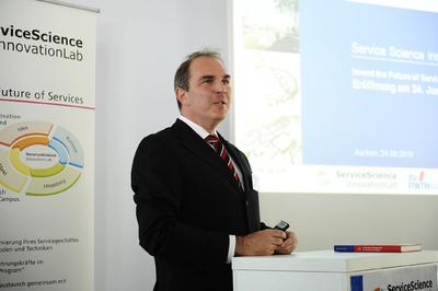 """""""Service-Science-Innovation-Lab"""" . Dr. Gerhard Gudergan."""