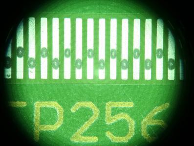 Lotpaste dosieren auf dem Bestückungsautomaten ist heute auch für Finepitch-QFP möglich.