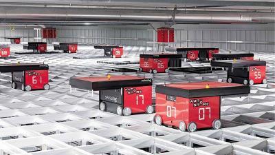 AutoStore: Hochautomatisiertes Lagersystem mit Robotern, integriert vom Schweizer Unternehmen Swisslog