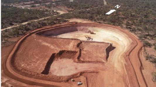 RNC Minerals stößt bei Gesteinsproben auf sichtbares Gold
