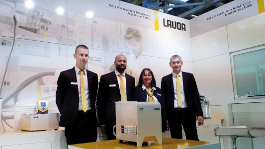 El nuevo LAUDA LOOP fue la gran atracción para los visitantes del Forum LABO.