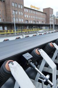 The new electronic monitoring system Conti®Protect Belt Rip Detection detects longitudinal slitting early on, minimizes damage, and thus cuts costs and reduces risk (Photo: ContiTech)