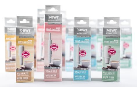 Brandneu: BWT bestcup PREMIUM mit BWT Magnesium-Technologie für Kaffeemaschinen mit integriertem Wassertank / Foto: BWT water+more