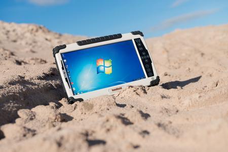 Algiz-10X-rugged-tablet-IP65