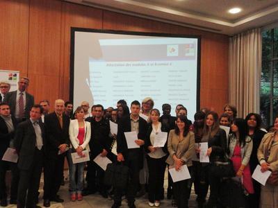 1. Diplomverleihung des Unternehmerführerscheins in Paris