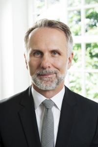 Dr. Robert Ertl
