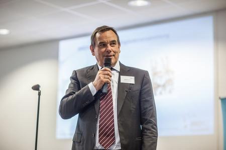 Axel Blochwitz, Geschäftsführer des Technologiezentrums in Horb und des INNONET Kunststoff, berichtete über die Meilensteine der Netzwerkarbeit im Jahr 2015