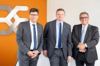 Technologievorstand Volker Bibelhausen, Vorstandssprecher Jörg Timmermann sowie Vertriebsvorstand José Carlos Álvarez Tobar (v.l.n.r.)  sind aufgrund des starken Wachstums mit den Jahr 2018 mehr als zufrieden