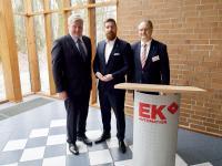 V.l.n.r: Dr. Bernd Althusmann, Wirtschaftsminister; Andreas Böttner, CEO E&K Automation GmbH und Dr. Jörg Mutschler, Geschäftsführer VDMA Nord