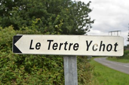 In fußläufiger Nähe zum Menhir von Dol-de-Bretagne liegt das Landgut Le Tertre Ychot. Foto: Achim Zielke