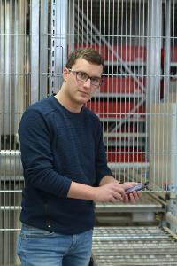 """Florian Wittmann: """"Auf Basis ganzheitlicher Datenpools erstellen wir individuelle Instandhaltungskonzepte für unsere Kunden"""" (Foto: WITRON)"""